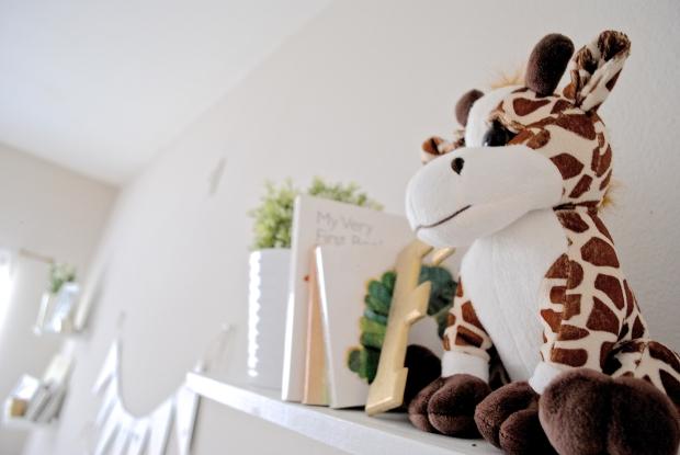rachelaz.com // baby cavanaugh's nursery